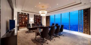 Summit Boardroom_low-res